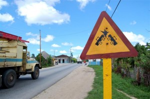 My favourite Cuban road sign. Fortunately, I escaped the fate depicted.